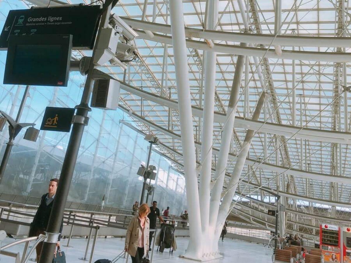 パリのシャルル・ド・ゴール国際空港