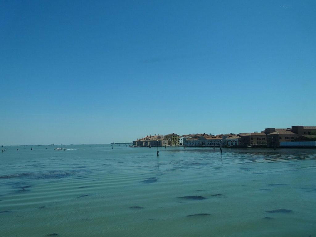 ユーロスターイタリアからみるヴェネツィアの街