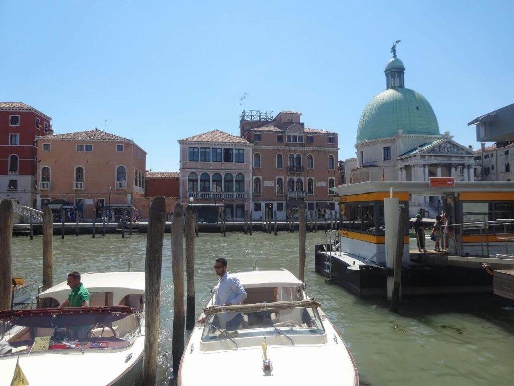 ヴェネツィアの水上バス