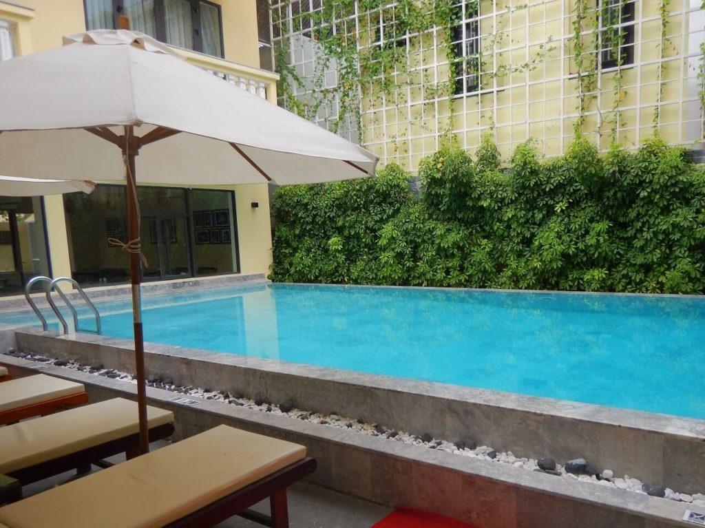 Calla Villa Hoi Anのプール