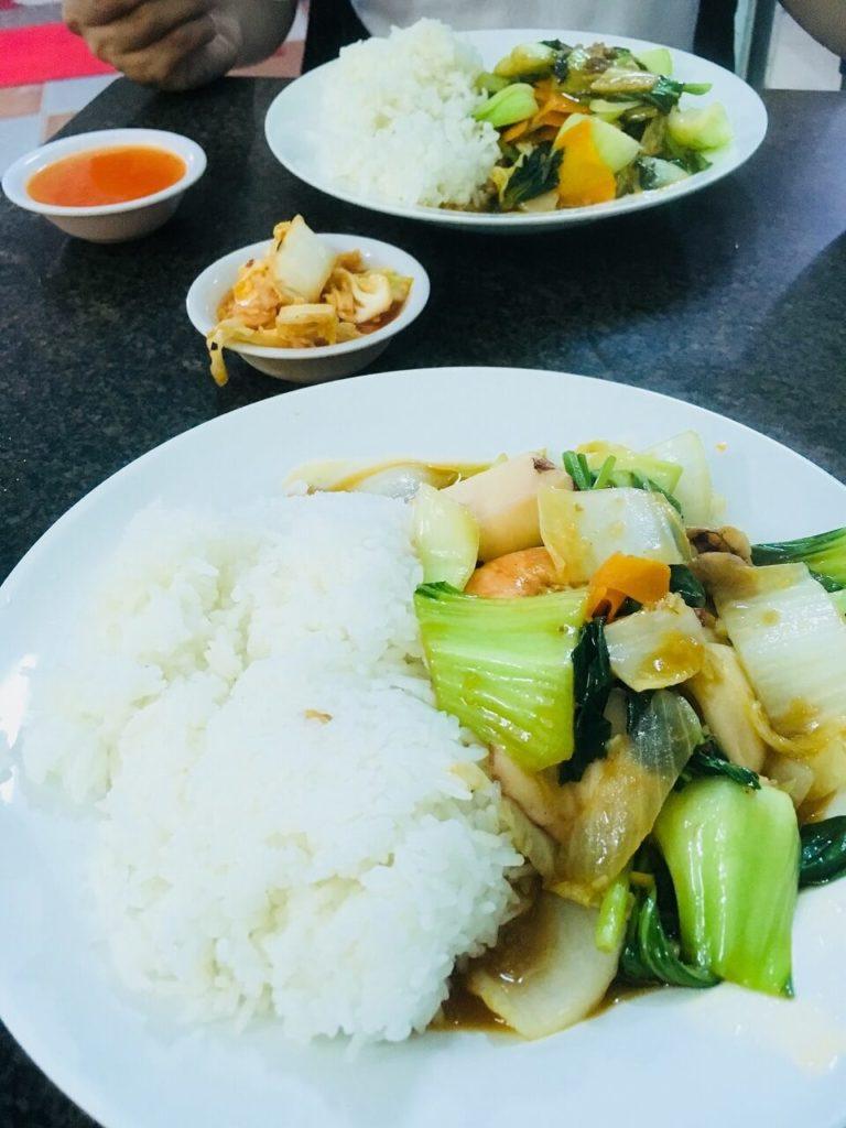 コムガー アーハーイの晩御飯