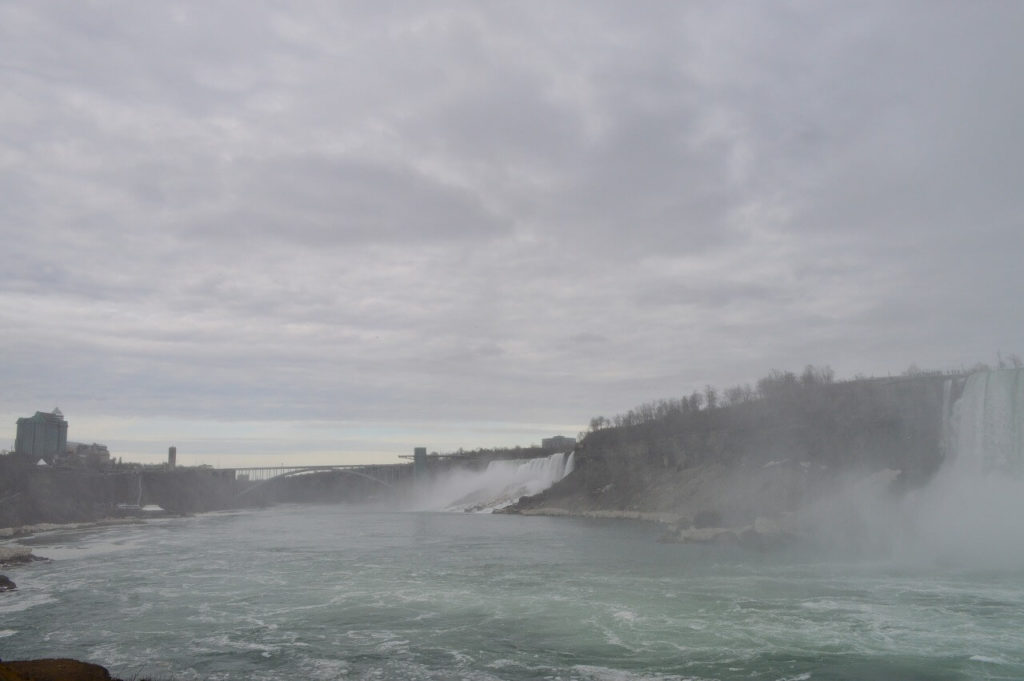 ナイアガラ滝の景色