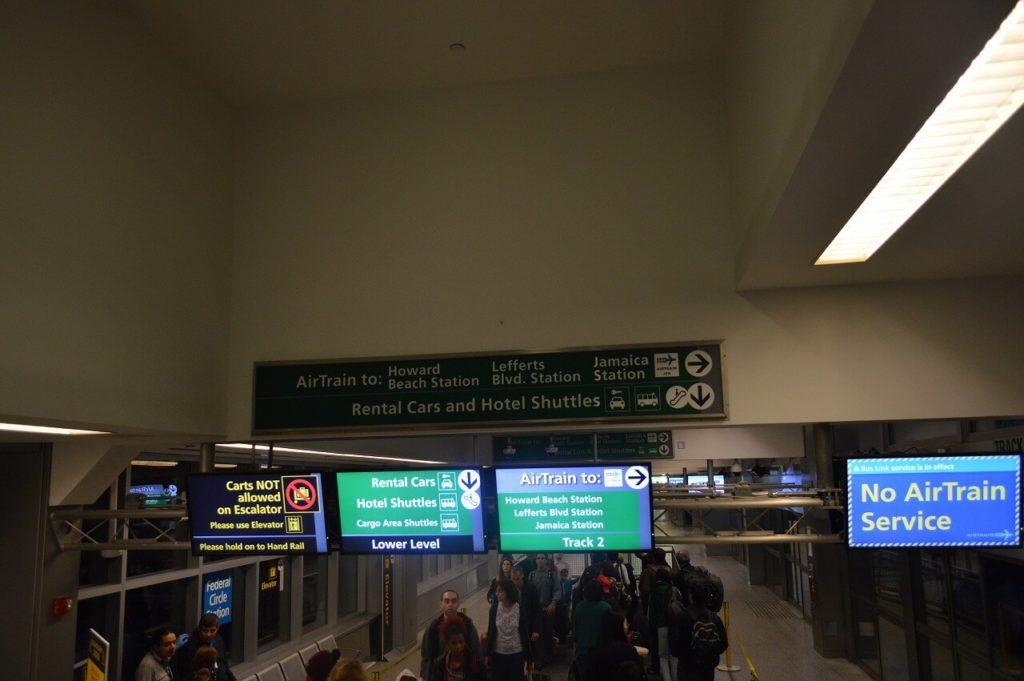 JFK空港のエアトレインサービス停止中