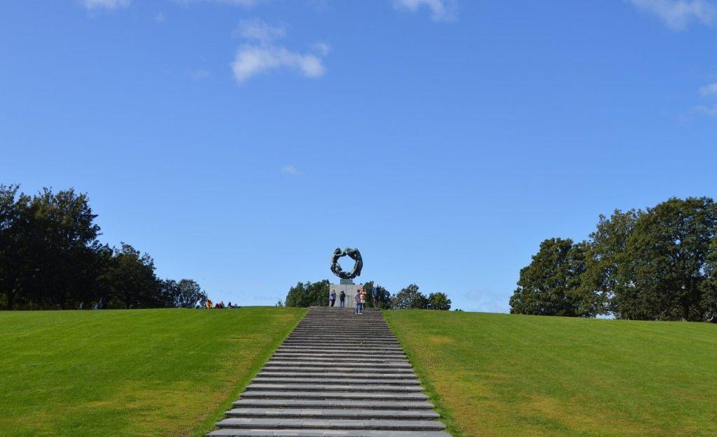 フログネル公園にあるヴィーゲランの銅像