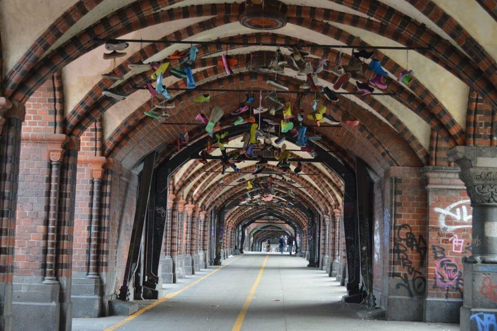 オーバーバウム橋のアート