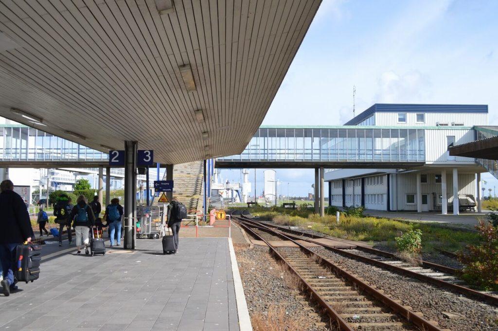 ドイツのフェーマルン島にあるPuttgarden駅