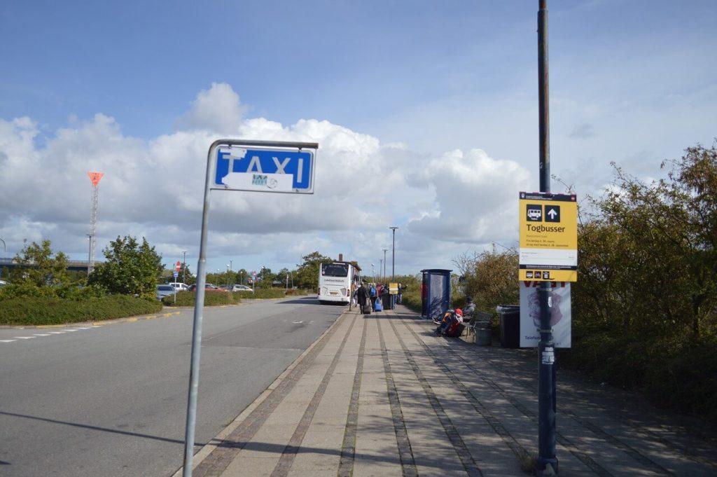 渡り鳥ルート・コペンハーゲンへ向かうバス乗り場