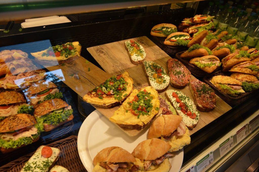 ハンブルクのカフェ「Schanzenbäckerei」のパン