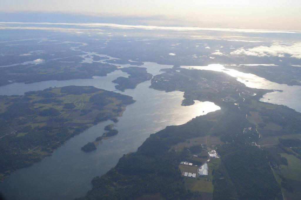 ブロンマ空港からヴィスビュー行の飛行機からの車窓