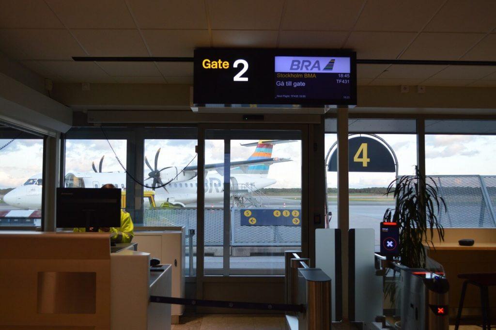 ヴィスビュー空港のゲート