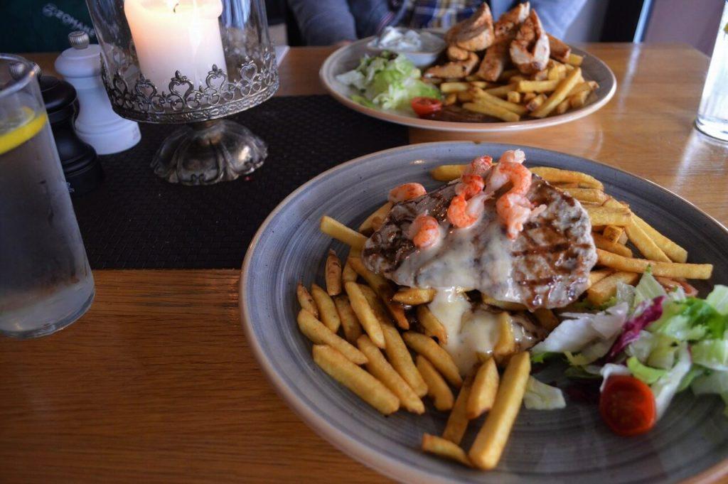 ヴィスビューのレストラン「Restaurang Köpmannen 2」