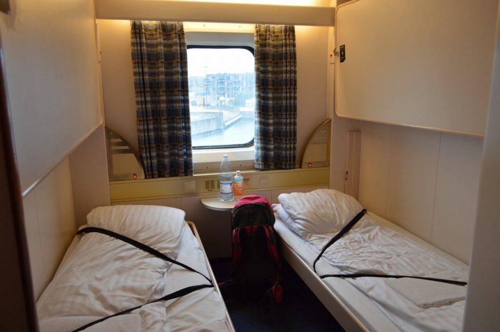 DFDSフェリーの客室ベッドルーム