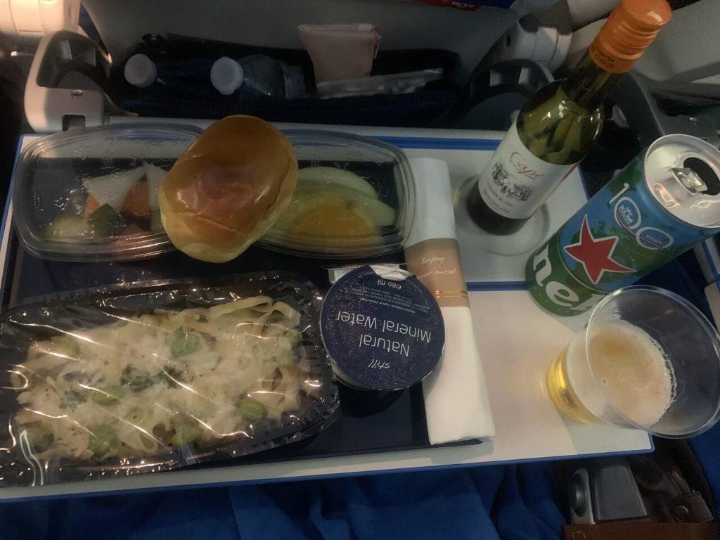 KLM機内食の夜ご飯