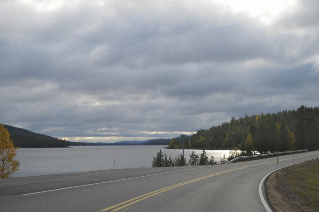フィンランドのイナリ湖
