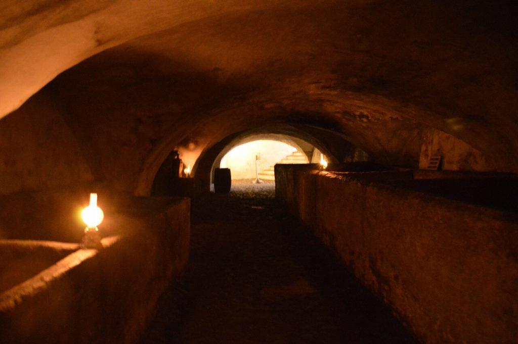 デンマークのクロンボー城の地下道