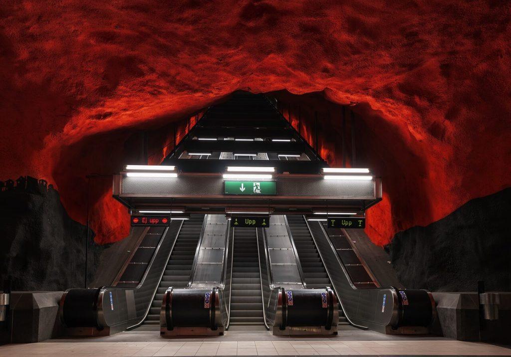 ストックホルムの地下鉄アート「Solna Centrum Station