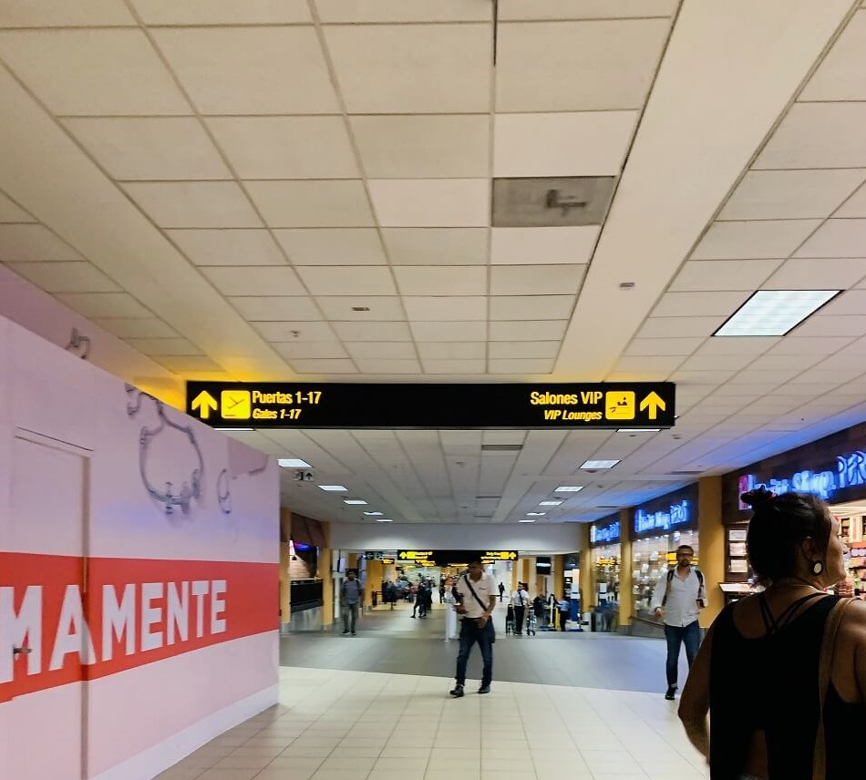 リマのホルヘ・チャベス国際空港にあるHANAQ VIP LOUNGE