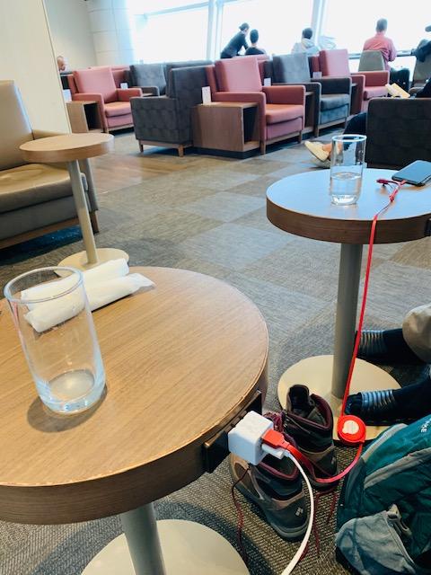 羽田空港の「TIAT LOUNGE 」