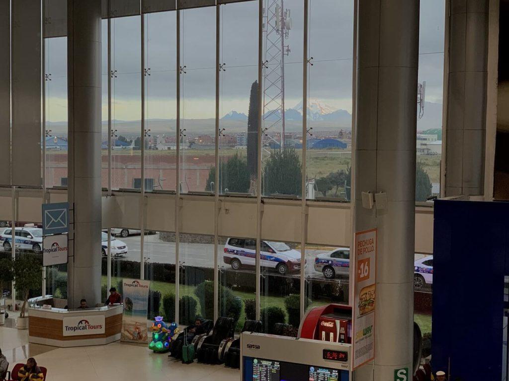 ボリビアのラパスのエルアルト国際空港