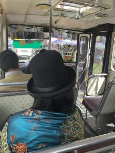 ボリビアのラパスのバス