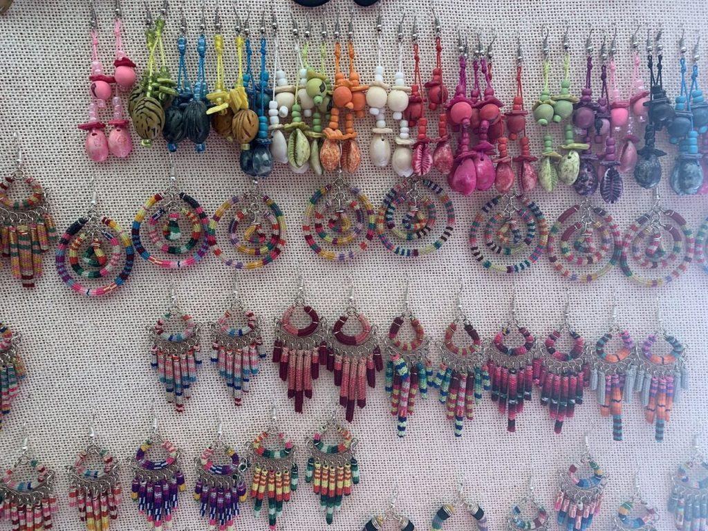 アルテサニアス・デ・コルチャニ市場 /Mercado de Artesanías de Colchani