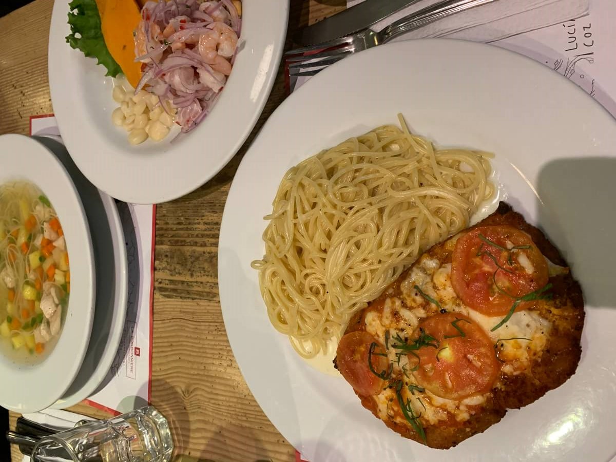 プライオリティパスで食べれるレストランで晩御飯