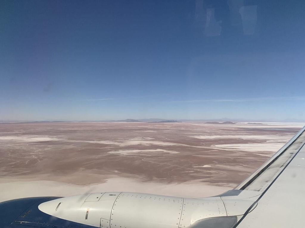 ラパスからウユニへ向かう飛行機からの景色