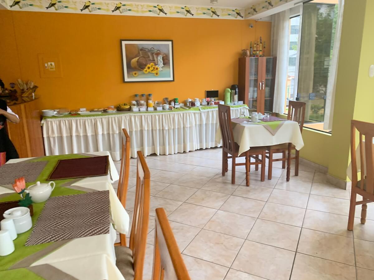 Torre Doradaホテルの朝食会場