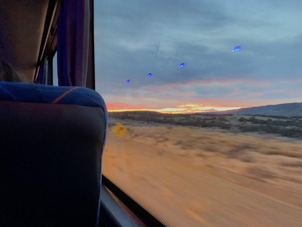 チリへ向かうバスの車窓