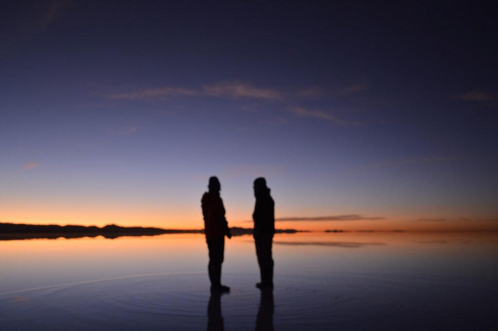 ウユニ塩湖の朝焼け