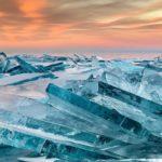 バイカル湖の氷