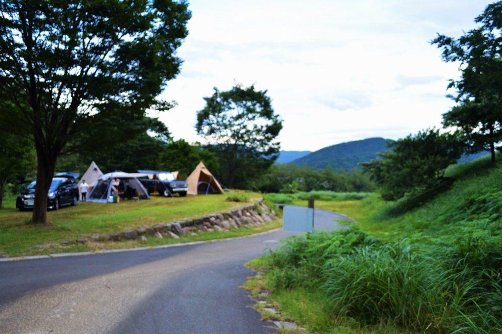 マキノ高原キャンプ場の川サイト