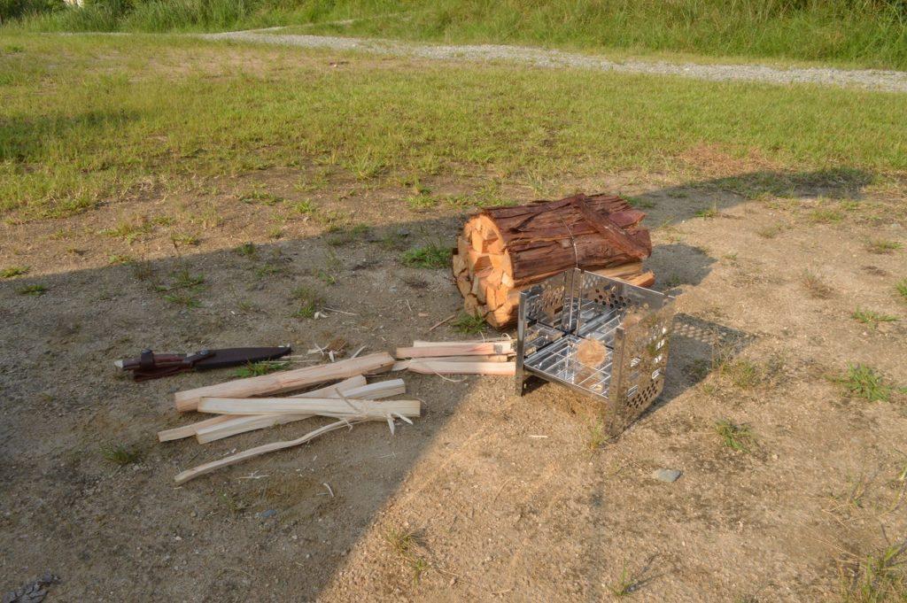 スノーピーク箕面キャンプフィールドでの焚き火