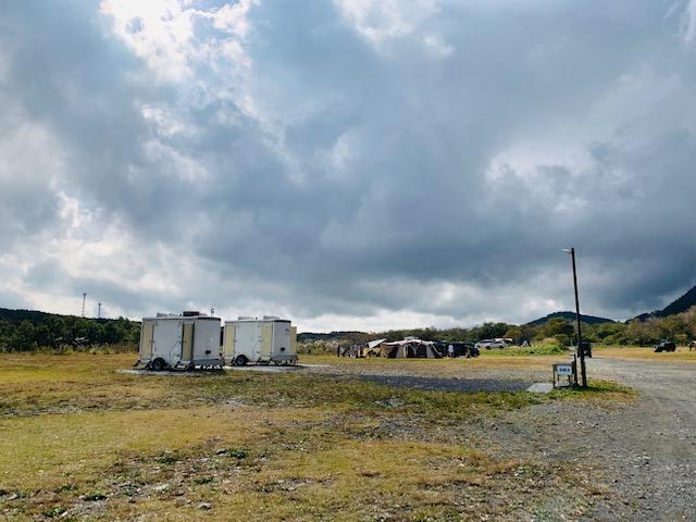 ふもとっぱらキャンプ場のトレイラートイレ