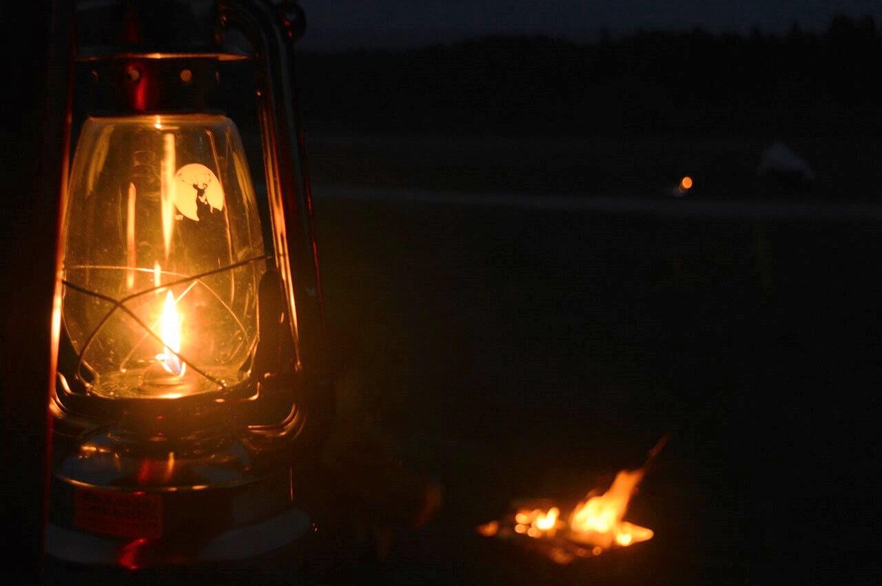ふもとっぱらキャンプ場とランタンと焚き火