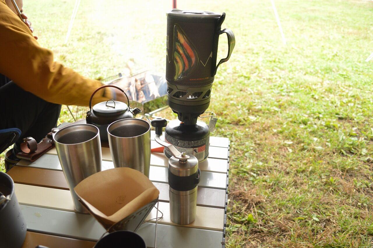 ふもとっぱらキャンプ場でのコーヒーブレイクタイム