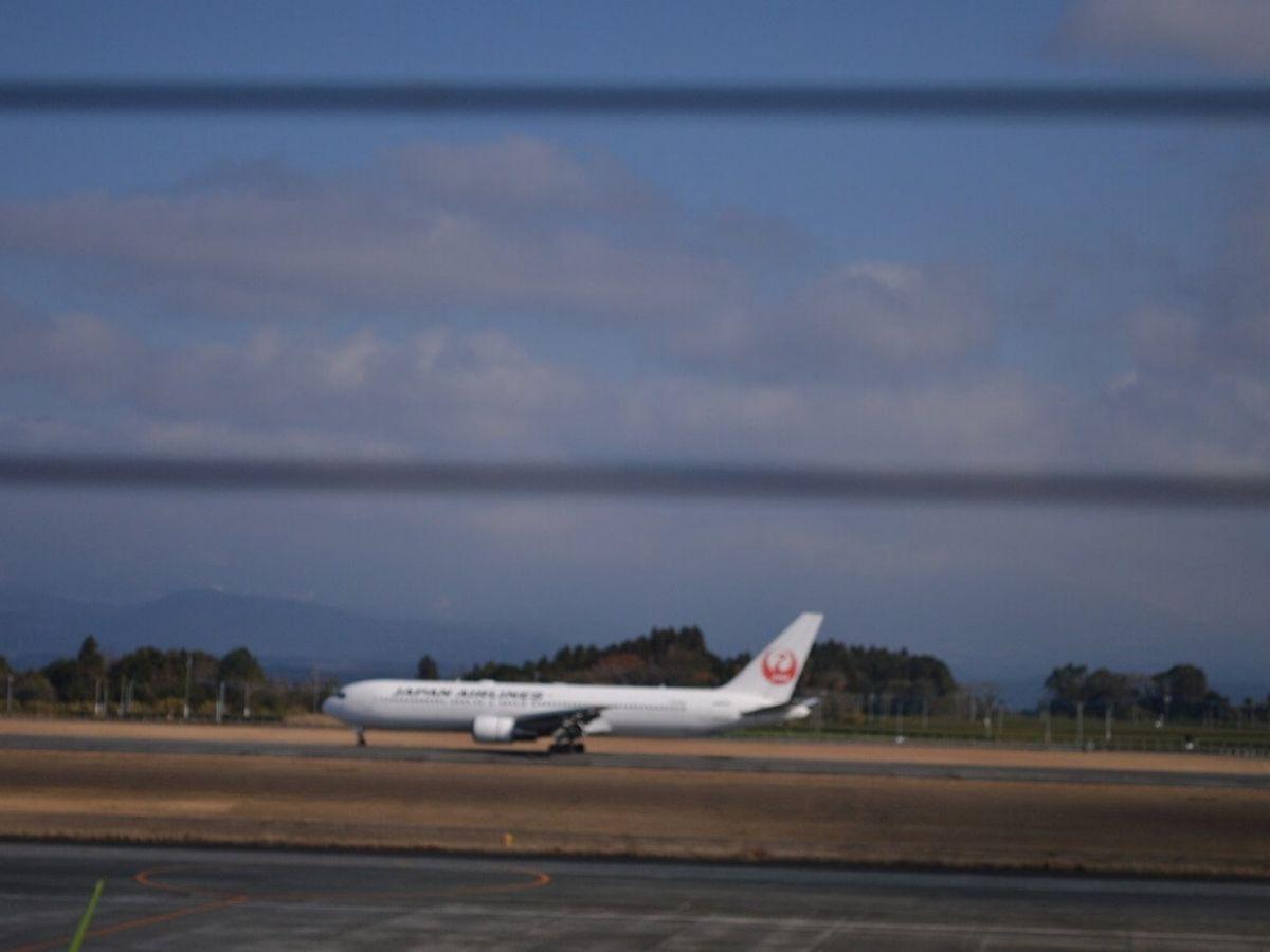 鹿児島空港と飛行機